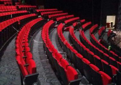 Instalación de butacas en teatros y cines
