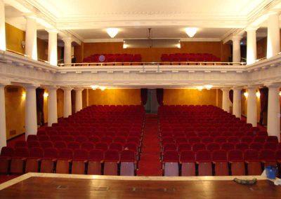 Fabricación y montaje de butacas para teatros - DecoratelESPAÑA
