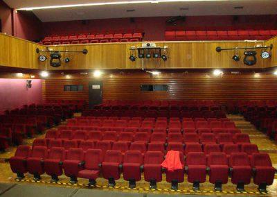 Empresa de montaje de butacas para teatros