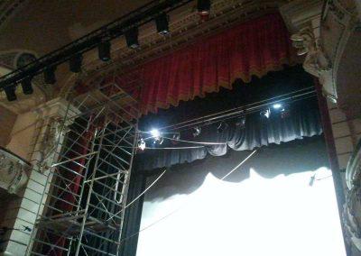 Fabricación y montaje de telones para teatros - DecoratelESPAÑA