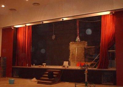 Montaje e instalación de telones para teatros - DecoratelESPAÑA
