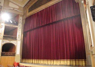 Telón para el teatro de Córdoba - DecoratelESPAÑA